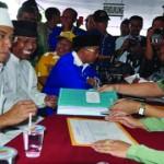 Pasangan bacagub/bacawagub NTB, Tuan Guru Bajang (TGB)-AMIN saat mendaftarkan diri ke KPUD NTB, Senin sore (11/2).
