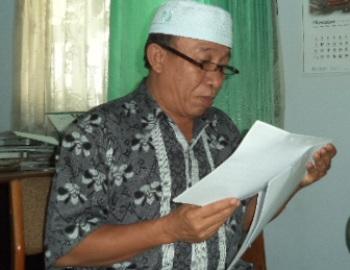 Kepala Diskoperindag UKM Loteng, H Amir Husein. (Foto: Akhyar Rosidi/Lomboktoday.co.id)