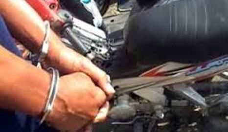 DIAMANAN: Pelaku curanmor dan BB diamankan tim Operasi Jaran Polres Lotim. Ilustrasi/Lomboktoday.co.id