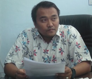 Ketua Komisi I DPRD Loteng, Samsul Qomar. (Foto: Akhyar Rosidi/Lomboktoday.co.id)
