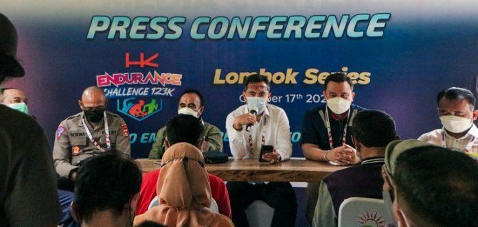 Konferensi pers HKEC